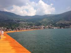 Christo, Floating Piers, 2016, foto Ann Dijkstra